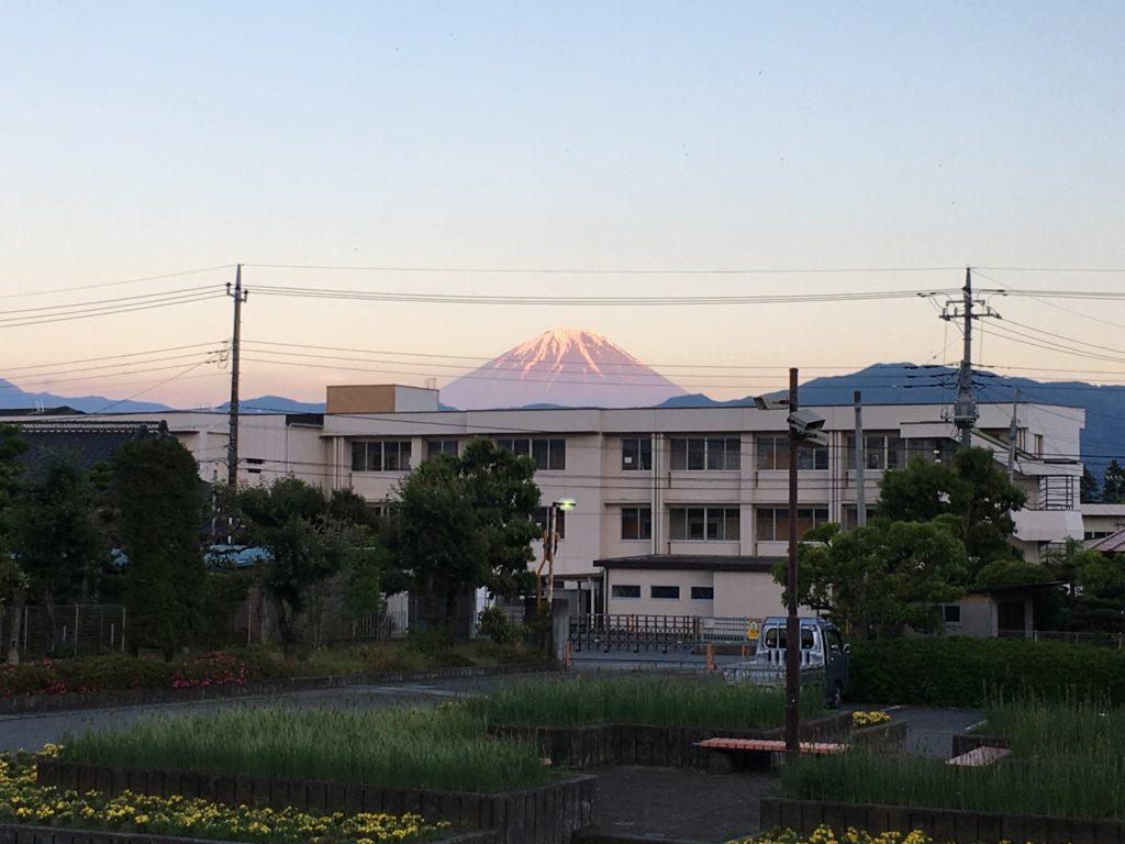 大会会場から見る富士山